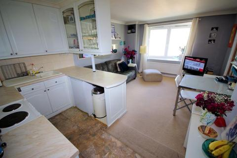 1 bedroom flat to rent - JOULES HOUSE, CHRISTCHURCH AVE, LONDON, NW6