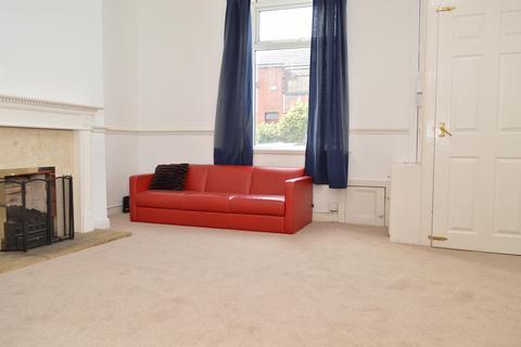 2 bedroom terraced house to rent - Wren Street, Oldham, OL4 5HB