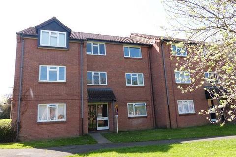 2 bedroom flat to rent - 73 St Peters Close, Cheltenham GL51 9DX