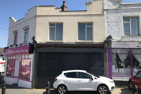 Shop to rent -  Livingstone Circus,  Gillingham, ME7