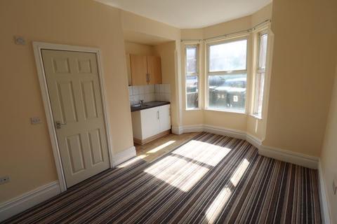 Studio to rent - Northumberland Road, Flat 1, CV1 3AQ