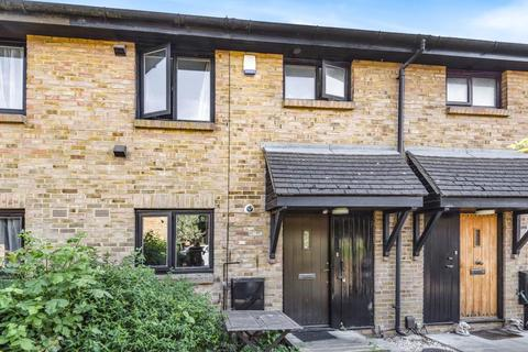 3 bedroom house for sale - Beagle Close, Feltham, TW13