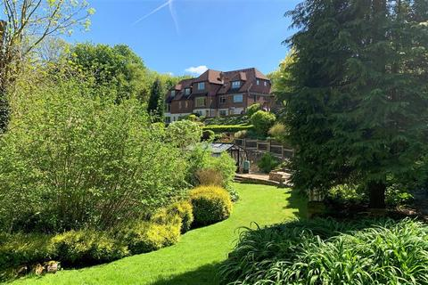 6 bedroom detached house for sale - Workhouse Lane, East Farleigh, Maidstone, Kent