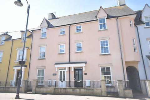 3 bedroom house - 3, Riverside Mews, High Street, Cowbridge, The Vale of Glamorgan, CF71 7NA