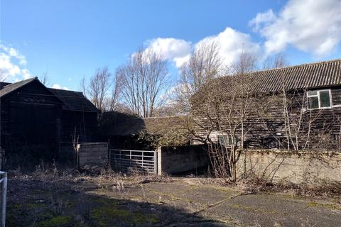 Farm to rent - Shemmings Farm, Hardys Green, Birch, Colchester