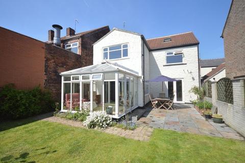 3 bedroom detached house to rent - Thorpe Street, Thorpe Hesley