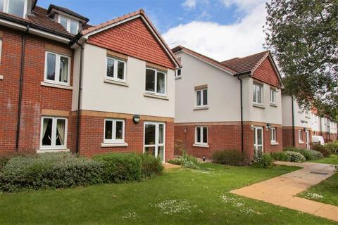 1 bedroom retirement property for sale - Ground Floor Flat With Patio, Hawthorn Road, Aldwick, Bognor Regis