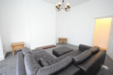 1 bedroom flat to rent - 37 Ocean View - Flat #1
