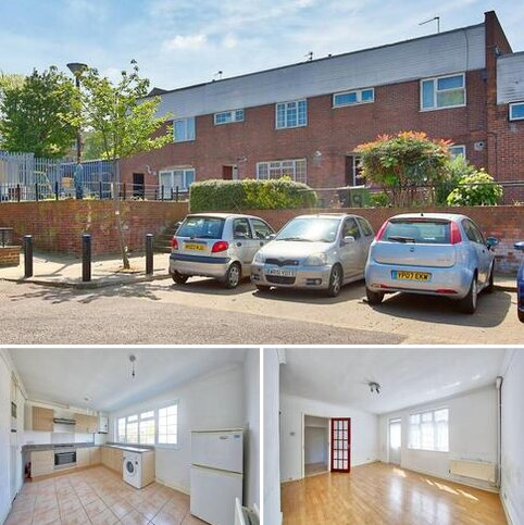 4 bedroom terraced house for sale - Rickards Close