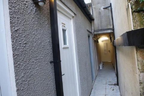 2 bedroom flat to rent - Rhosmaen Street, Llandeilo, Carms .