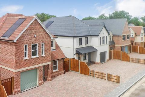 5 bedroom house for sale - The Brooklands, Howe Green