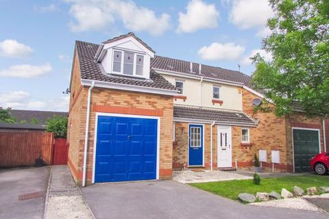 3 bedroom house to rent - Ffridd Las, Broadlands, Bridgend, CF31 5AF