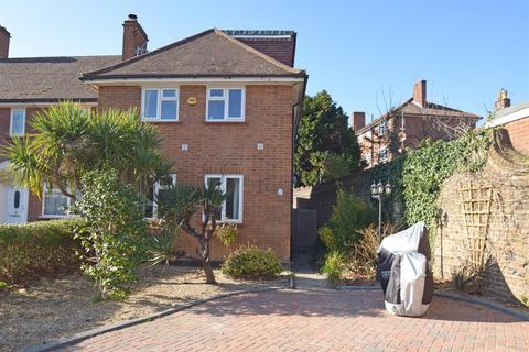 5 bedroom end of terrace house for sale - Richmond Road, Old Isleworth