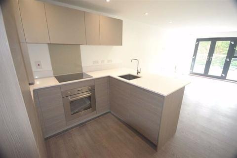 2 bedroom flat to rent - Watling Street, Radlett, Hertfordshire