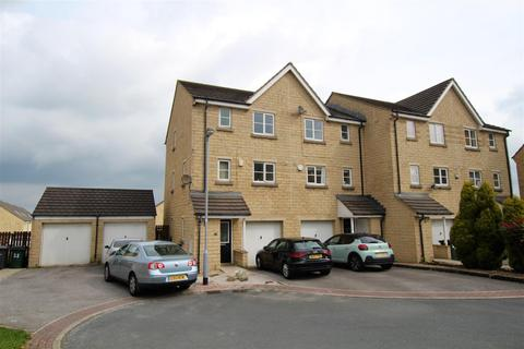 4 bedroom townhouse for sale - Fewston Avenue, Clayton Heights, Bradford