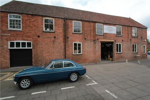 Shop for sale - 44 Chapelgate, Retford, DN22 6PJ