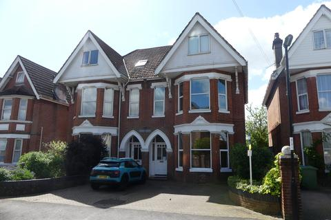 1 bedroom flat to rent - Landguard Road, Southampton