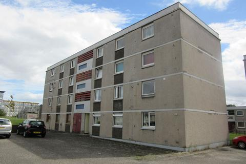 3 bedroom flat to rent - Calder View, Sighthill, Edinburgh, EH11 4HU