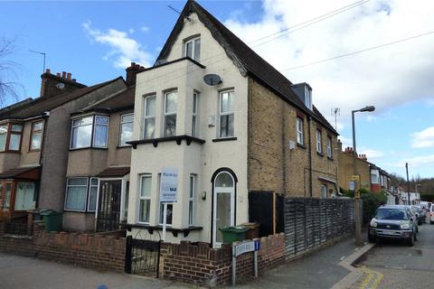 3 bedroom house for sale - New Road, Chingford, E4
