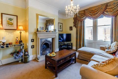 4 bedroom apartment for sale - Treherne Road, Jesmond, Newcastle Upon Tyne, Tyne & Wear