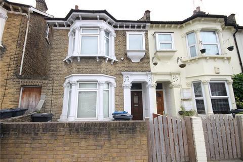 3 bedroom terraced house for sale - Stuart Road, Thornton Heath, Surrey, CR7