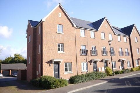 4 bedroom semi-detached house to rent - OXLEY PARK - A fantastic 4 bed home - FULLY FURNISHED