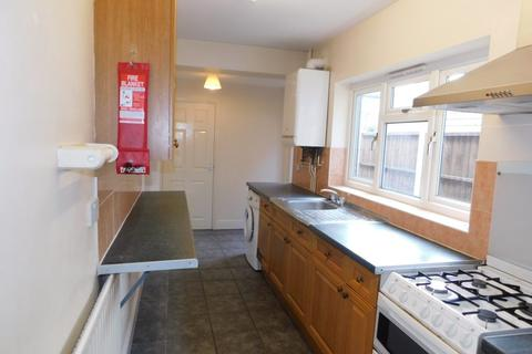 3 bedroom terraced house to rent - Wordsworth Road, Leicester LE2 6ED