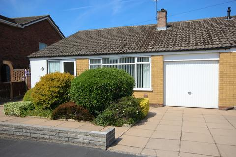 3 bedroom bungalow for sale - Fieldway, Northwich, Cheshire, CW8