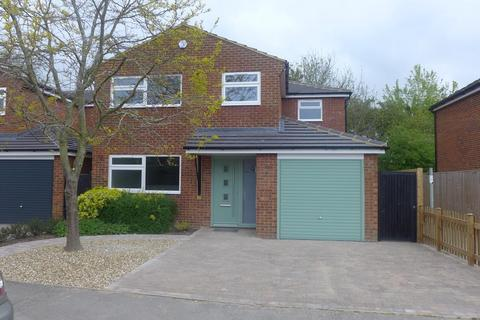 4 bedroom detached house to rent - Weston Turville, HP22