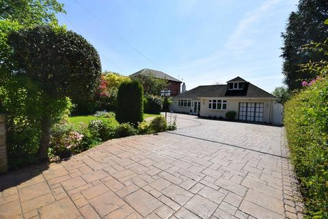 3 bedroom detached bungalow for sale - Dickens Lane, Poynton