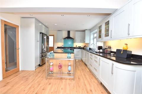 4 bedroom detached house for sale - Brighton Road, Lancing, West Sussex, BN15