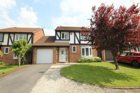 4 bedroom detached house for sale - Field View Drive, Downend, Bristol