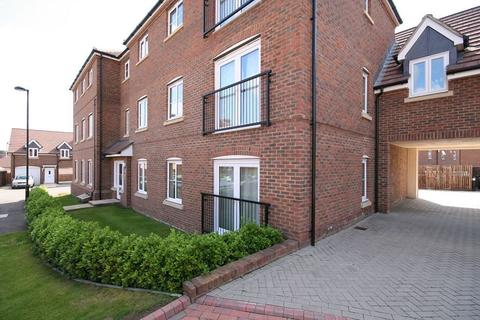 2 bedroom flat to rent - Brady Drive, Bickley, Bromley, Kent, BR1 2FE