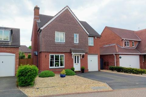 4 bedroom detached house for sale - Lytham Green, Muxton