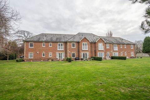 2 bedroom apartment to rent - Runcton Lane, Chichester