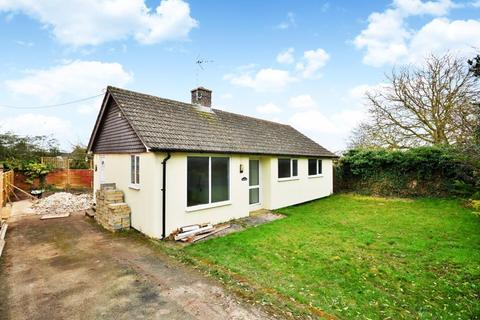 3 bedroom detached bungalow for sale - Development Potential, Chearsley