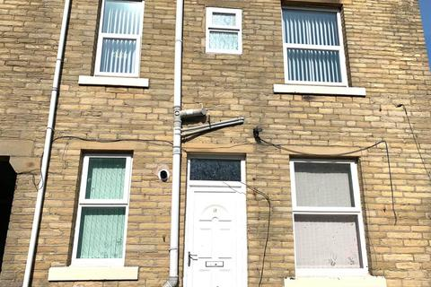 4 bedroom terraced house to rent - Mumford Street, BD5,