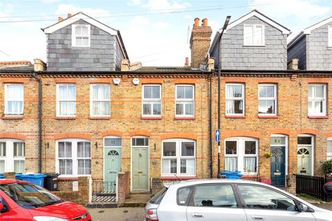 3 bedroom terraced house to rent - Bourne Avenue, Windsor, Berkshire, SL4