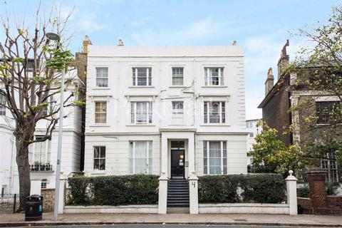 Studio to rent - Pembridge Villas, Notting Hill, London