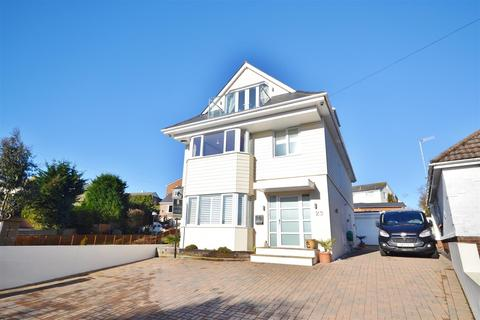 6 bedroom house for sale - Whitecliff Crescent, Poole