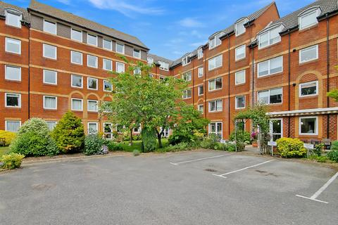 1 bedroom ground floor flat for sale - Station Road, Parkstone, Poole
