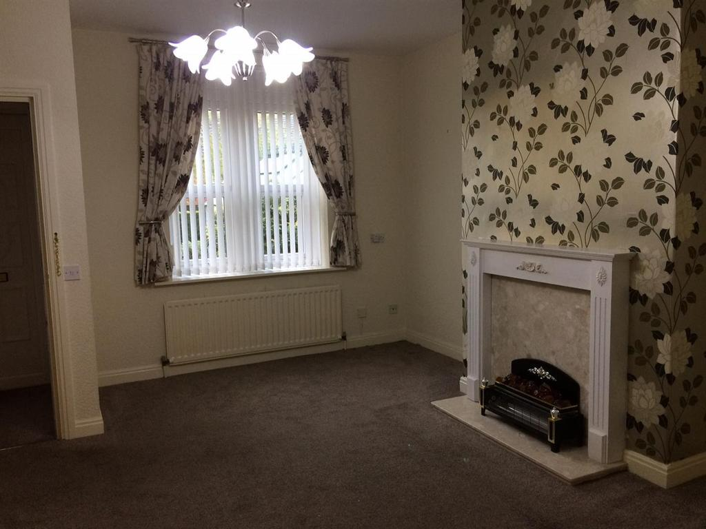 Church Road Armley Leeds 1 Bed Terraced House To Rent