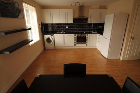 3 bedroom house to rent - Hesketh Road, Kirkstall, Leeds, LS5 3ET