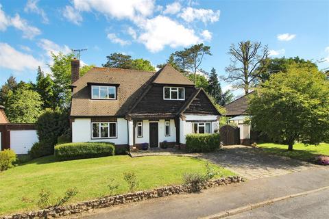 3 bedroom detached house for sale - Knowsley Way, Hildenborough, Tonbridge