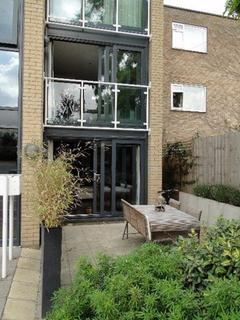 2 bedroom apartment to rent - Water View, Riverside