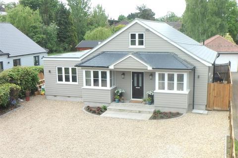 6 bedroom chalet for sale - Elm Green Lane, Danbury