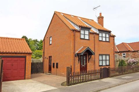3 bedroom detached house for sale - Walnut Grove, Nafferton