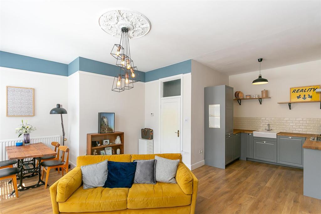 Open Plan Lounge/Diner & Kitchen