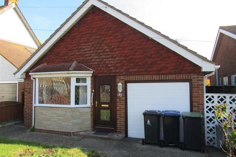 2 bedroom detached bungalow for sale - Bullers Avenue, Herne Bay