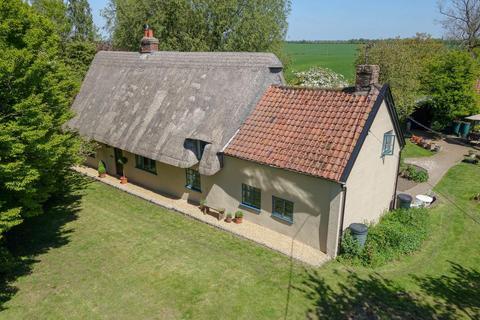 4 bedroom cottage for sale - Wickhambrook Road, Hargrave